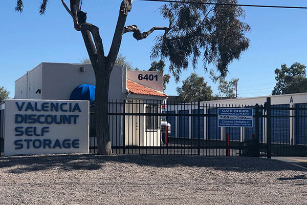 Self-Storage – Valencia Discount Storage – Commercial Property Management - M.A.S. Real Estate Services, Inc.